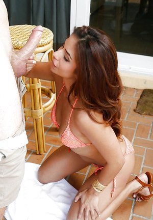 Outdoor action with exceptionally slender Latina beauty Isabella de Santos