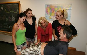 Free Girls Reverse Gangbang Porn Pictures