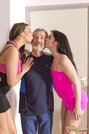 Slender white girls Carla Crouz & Kittina Ivory pleasure their sugar daddy