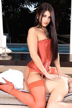 Free Girls Massage Porn Pictures