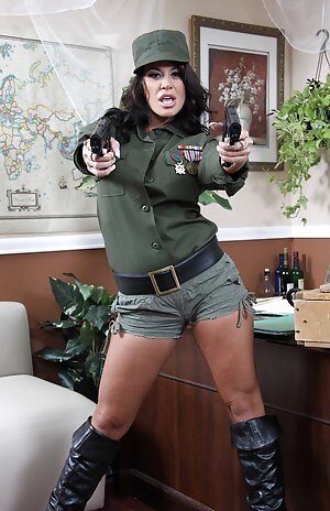 Free Military Girls Porn Pictures