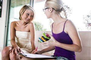 Tiny girls Dakota Skye & Odette Delacroix have first lesbian practice