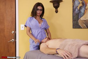 Kinky masseuse Aaliyah Hadid ties up her client and jerks off his big dick