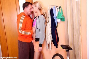Skinny flat chested teen jogger hooks up with old cyclist for bathroom blowage