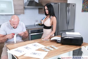 Victoria June pummeling his beau in the kitchen after sucking his balls off