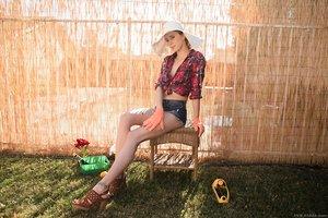 Farm girl Haley Reed spreads her g-spot wearing rubber work gloves
