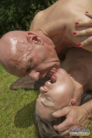 Teen xxx slut ball licking and deep throating oldman cock in the park