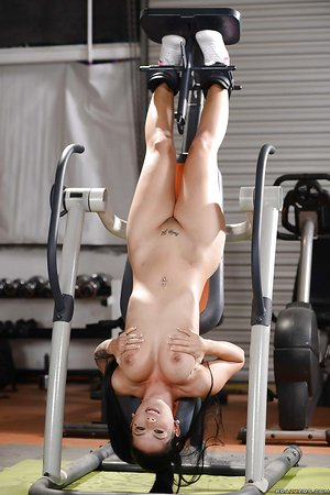 Sporty babe Katrina Jade shows off her hot big boobies after workout