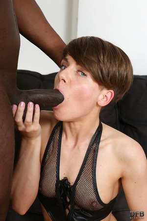Brief haired mature doll Sasha Zima heads ass to mouth with a BBC