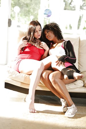 Clothed females Misty Stone & Sovereign Syre share interracial lezzie kiss