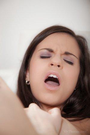 Lezzie girls Lea Guerlin & Nekane enjoy a hot frigging & wet twat licking