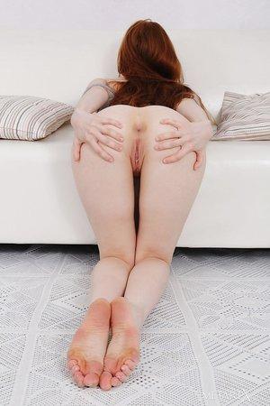 Crimson steaming redhead Jia Lissa doffs cotton panties for closeup pussy fingering
