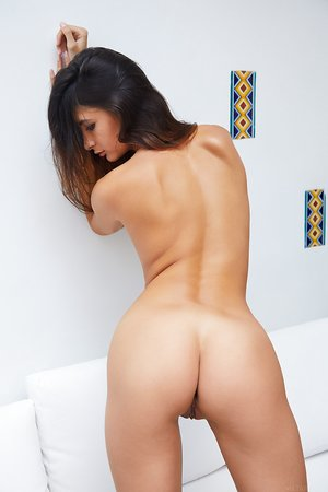 French female Bambi Joli reveals her perfect body for nude poses