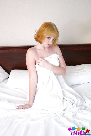 Redhead amateur B4rbi3 flaunts her firm tits and munch her hard nipples