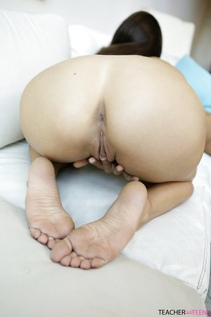 Sapphic teacher joins 2 of her students for an all girl 3 way
