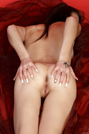 Erotic dark haired Casia spreading her sexy ass & flexing her pretty feet