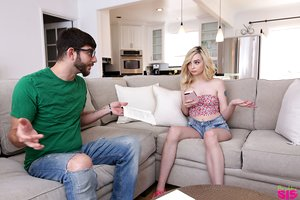 Shorts clad youthfull slut Lexi Lore heads all xxx with her stepbrother