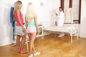 Young blonde ladies get transferred vibrators and are off to explore lesbian sex