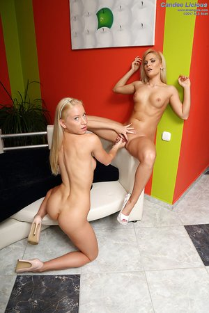 Blonde amateur Candee Licious gets her pussy drilled with huge strapon