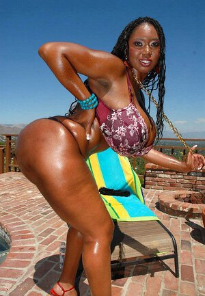 Ebony sexy black pic girl