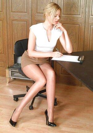Pics xxx sex secretare