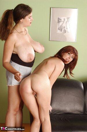 Hot girls spanking pics